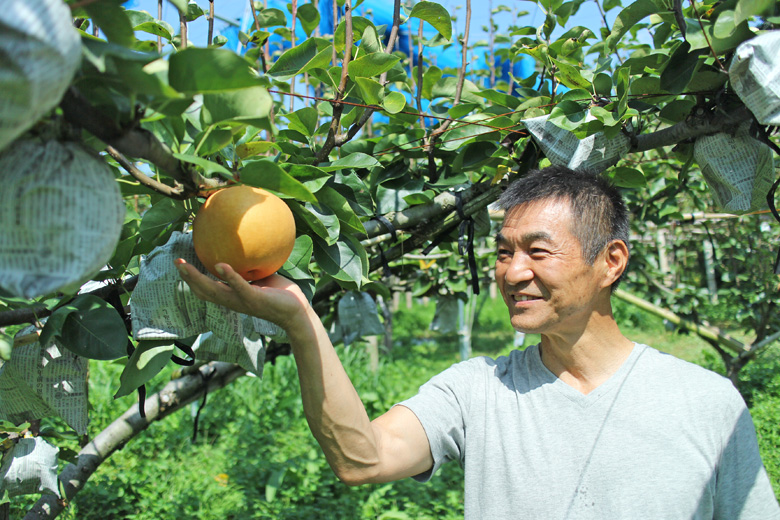 高塚成生と荒尾梨