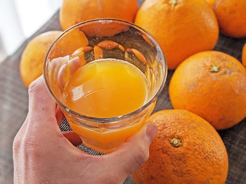 自然栽培清美オレンジのジュース