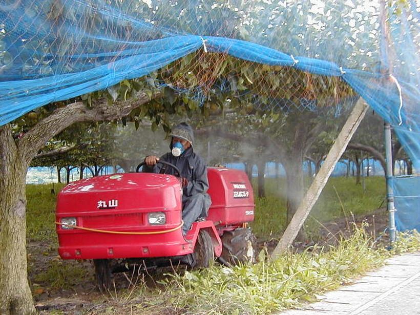 農薬の散布